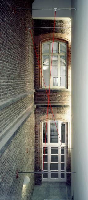 5A,-[Running-Lines]--Dazwischen-Gummitwist,-Stadtkunst-Bonn-2002