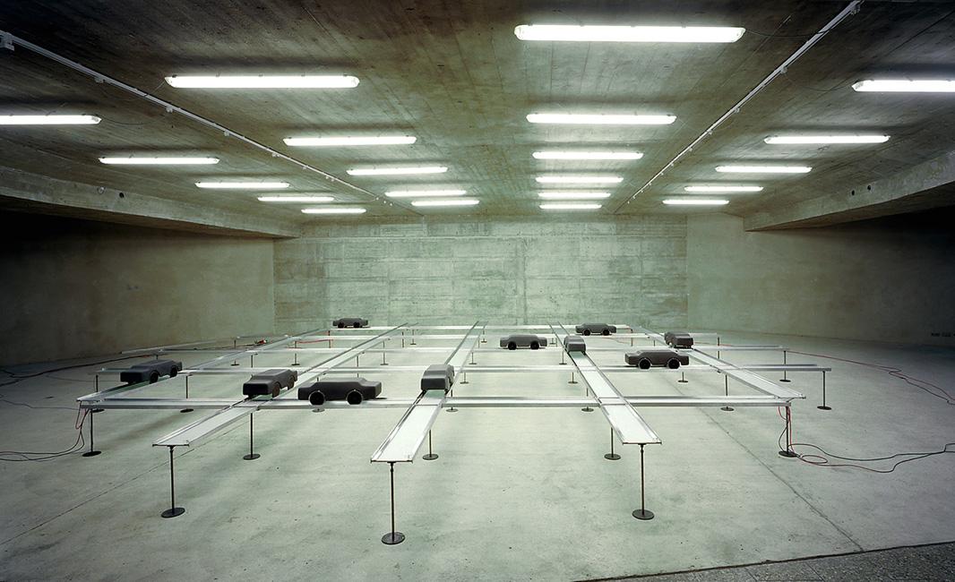 3A,-Verkehrsinseln,-Maximiliansforum-Muenchen-2002